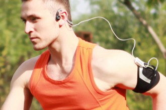 AfterShokz-Sport-male-running